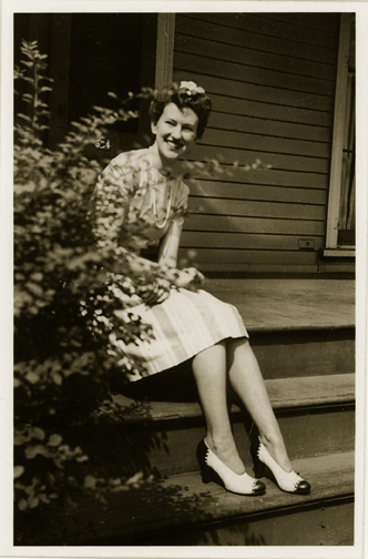 Carolyn Naught Saxton / 1920 - 1980