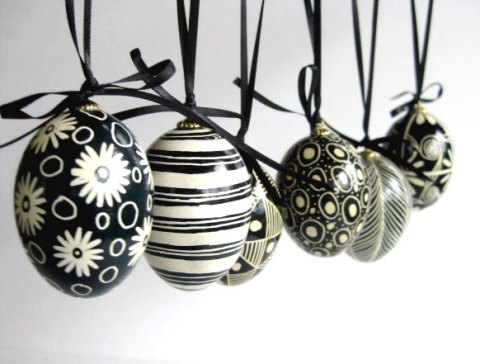 Black-and-White-Egg-Ornament-Site-Etsy-Easter-Decorations