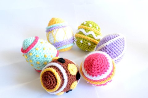 crochet_easter_egg_2013_pattern__ravelry__by_rienei-d5xc08d