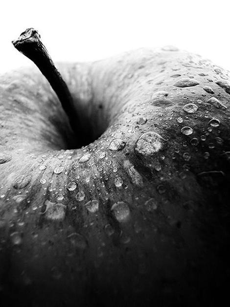 apple.waterdrops2