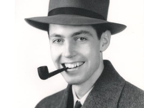 Arthur L. Saxton / 1918-2012